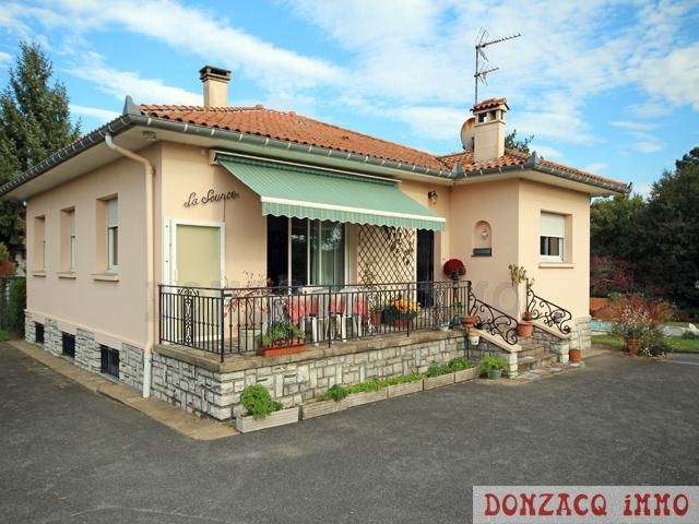 exclusivit villa de 130 m habitable piscine bayonne immobilier donzacq immo. Black Bedroom Furniture Sets. Home Design Ideas